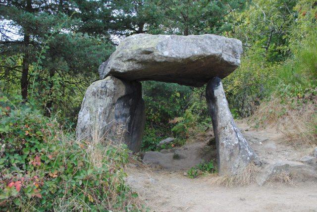 dolmen-luriecq