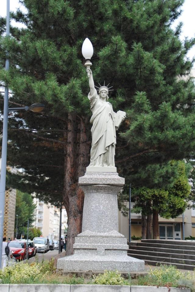 statue-liberte-saint-etienne