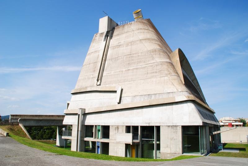 glise Saint-Pierre - Le Corbusier