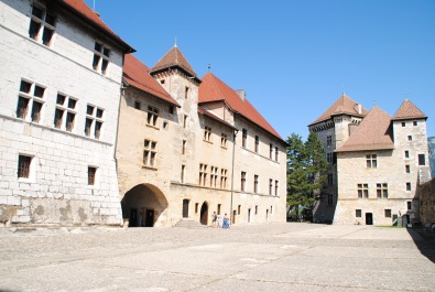 L'entrée du château d'Annecy
