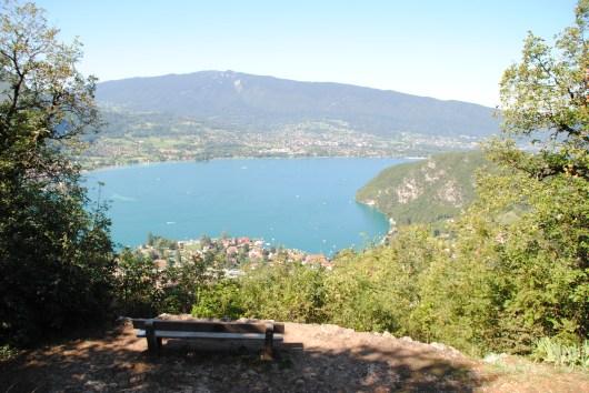 Vue sur le lac d'Annecy.