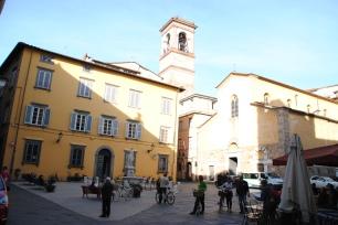 Le centre-ville de Lucques.