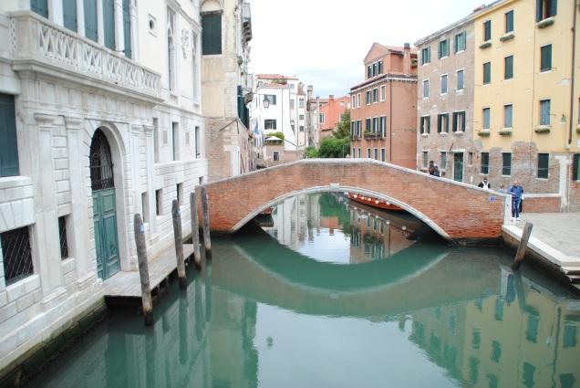 A Venise, il y a entre 400 et 500 ponts.