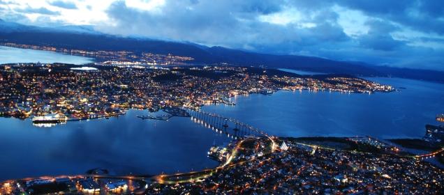 Vue sur Tromsø en fin de journée