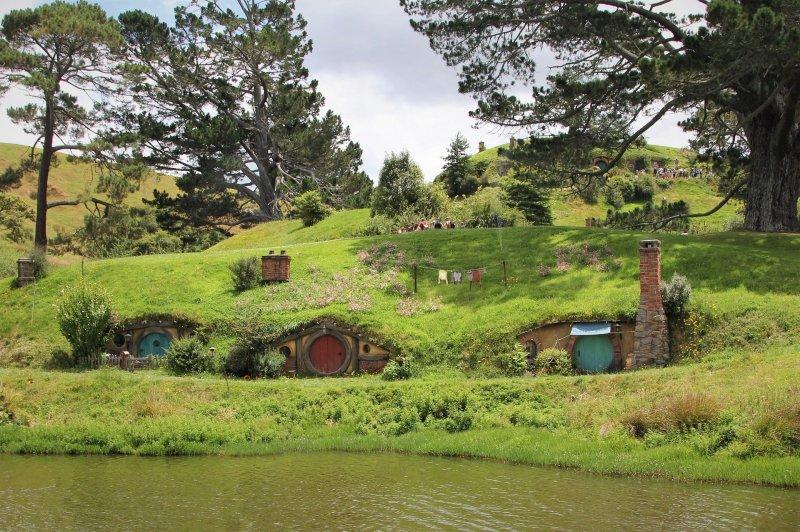 hobbit-4495138_1920
