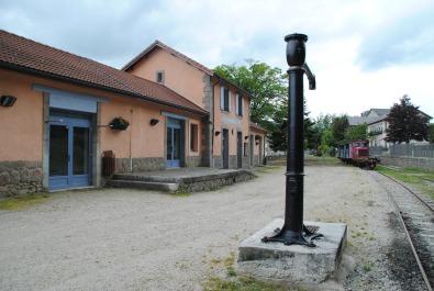 Chemin de fer historique : Le Velay Express